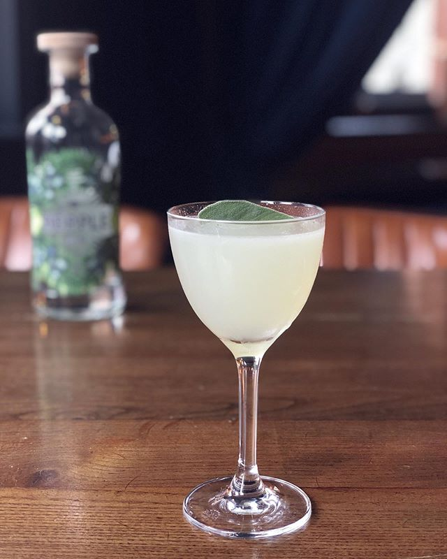 Join us for a Hepple Southside Cocktail every Saturday at @cottonopolis_manchester with @ginjourney • check out @ginjourney tours and let us know your thoughts on this delicious, fresh cocktail! •- Sage Leaves.- 50ml Hepple Gin.- 20ml Lemon Juice.- 15ml Sugar Syrup.• - from Instagram